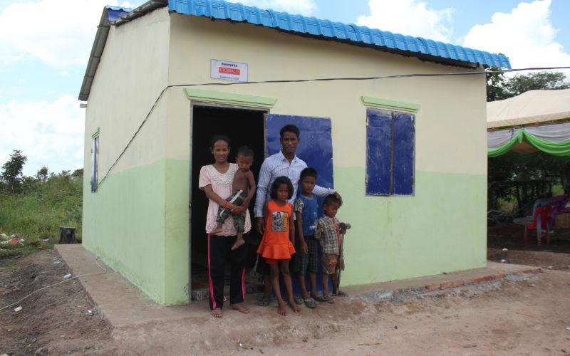photo 4-Chan Thorn - Siem Reap-new house - Des Miss sans peur et sans reproche face à la lèpre