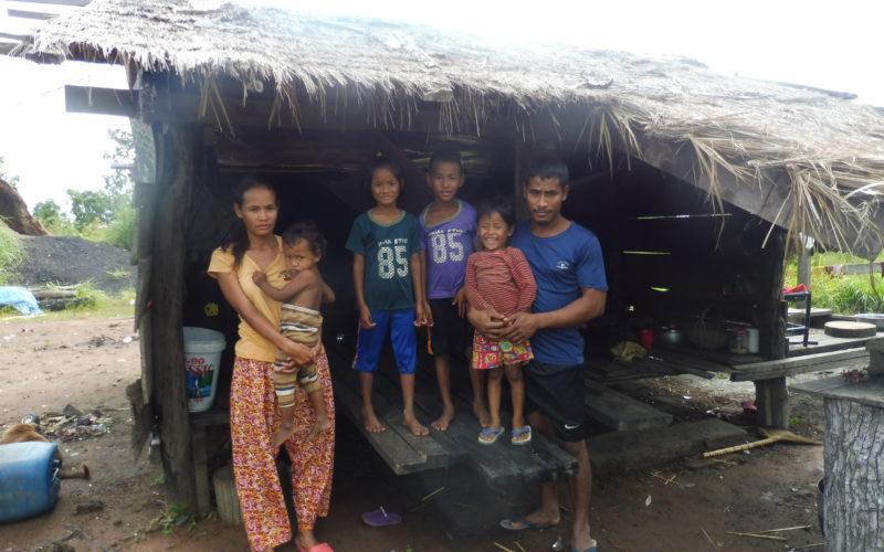 photo 5-Chan Thorn - Siem Reap-old house - Des Miss sans peur et sans reproche face à la lèpre